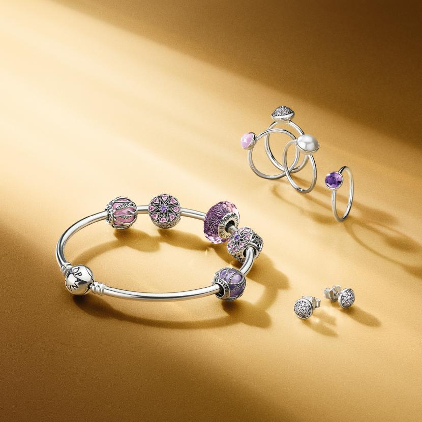 5e6cc5646d09 reduced pandora charm bracelet bluewater da0ec b228a