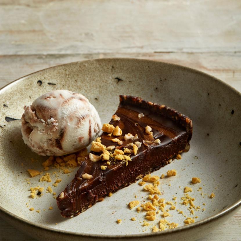Sticky Chocolate & Praline Torte