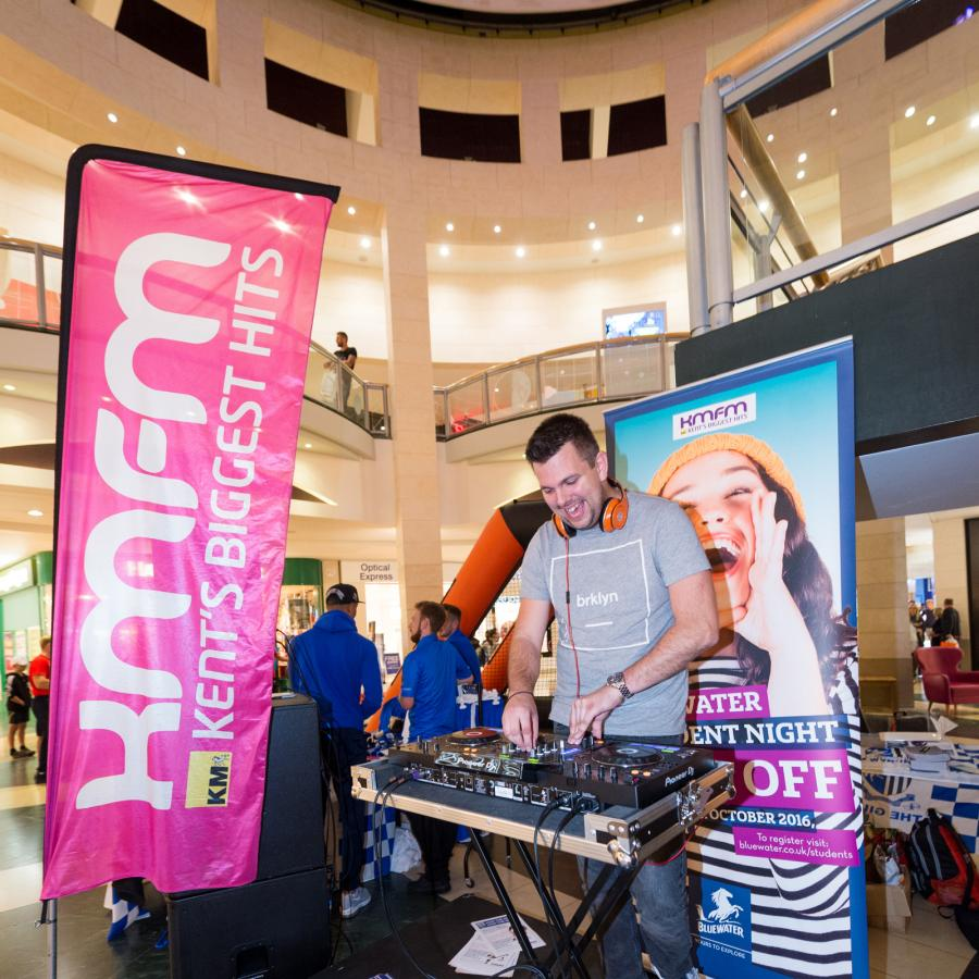 kmfm live broadcast and DJ at Bluewater's Student Night