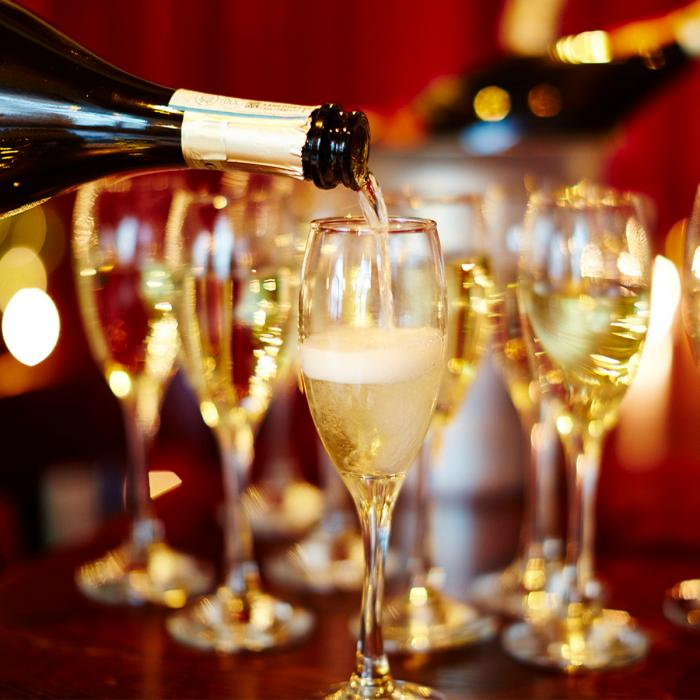 Christmas at Café Rouge – FREE fizz, Bluewater, Kent