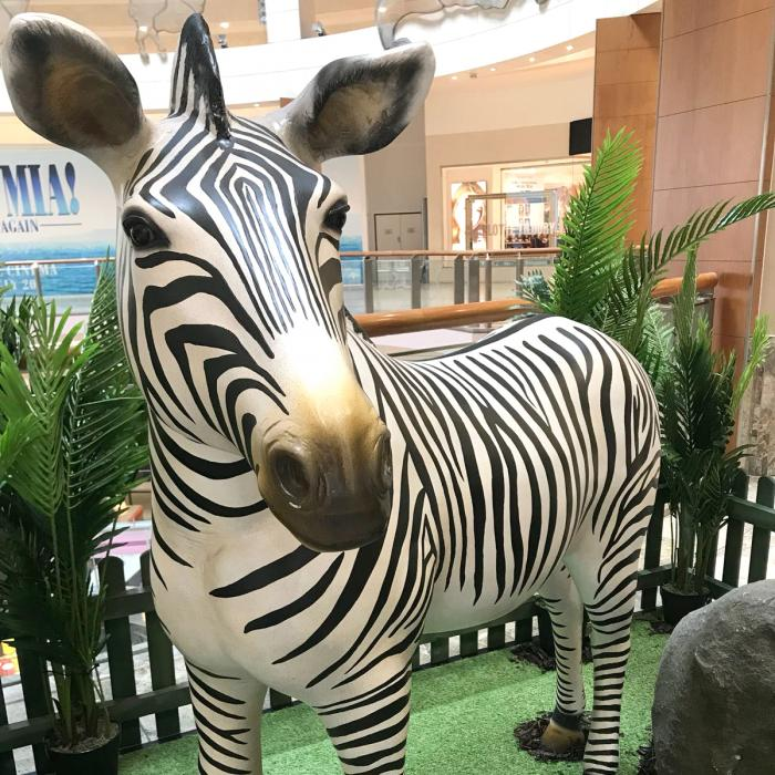 Into the wild animal trail at Bluewater, Kent