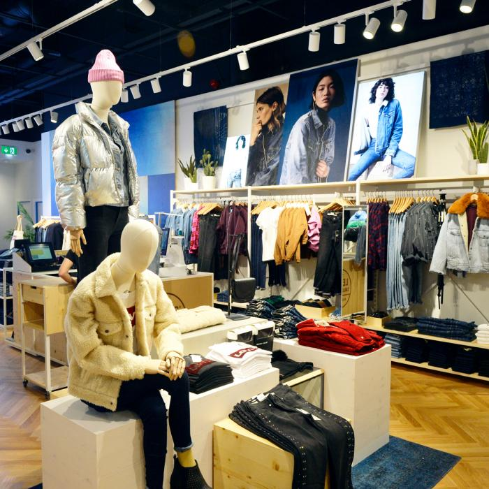 Levi Womens,, Bluewater, Kent