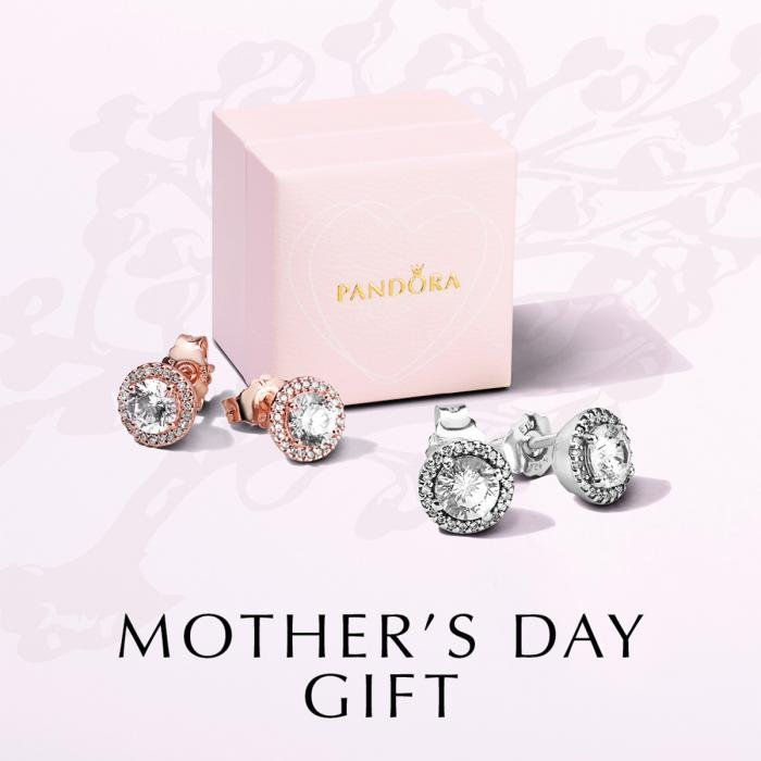 Mother's Day Gift at Pandora, Bluewater, Kent